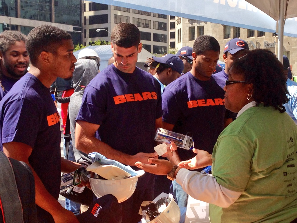 Chicago Bears Habitat for Humanity