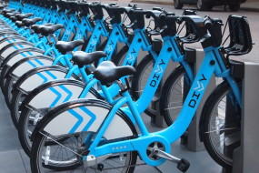 Divvy in the Busy City